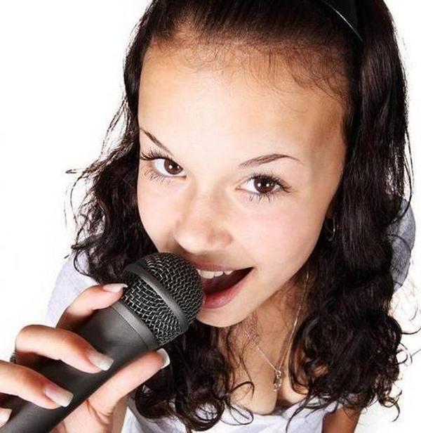 Лучшие беспроводные микрофоны для караоке