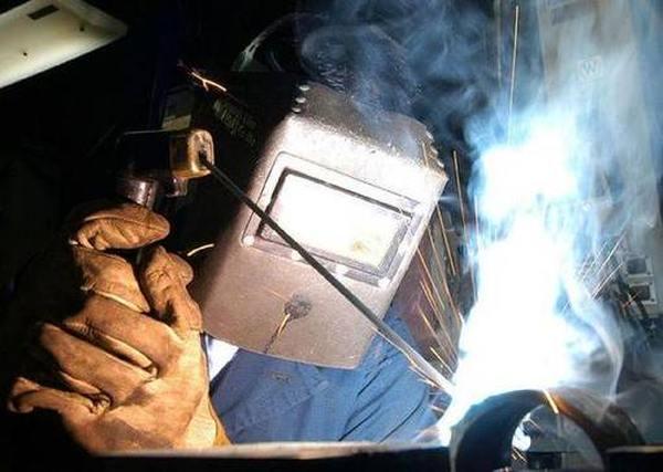 Лучшие защитные стекла и светофильтры для сварочных масок ТОП 2020