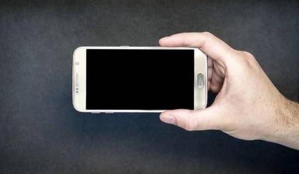 Подборка лучших смартфонов для детей