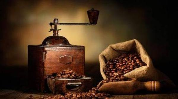 На что обратить внимание при выборе кофемолки