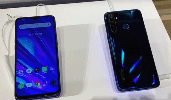Смартфон Realme Q — достоинства и недостатки
