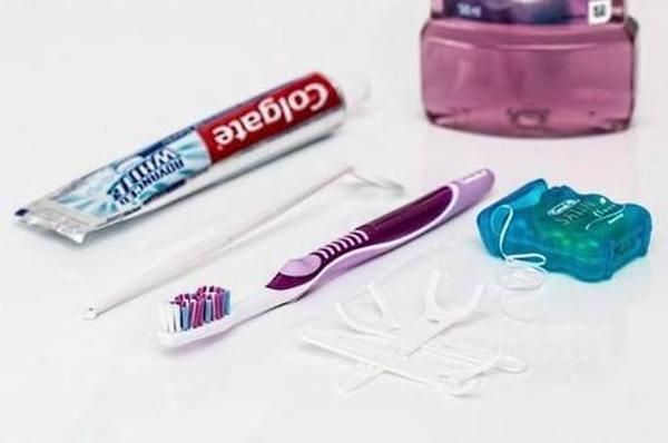 Обзор зубных нитей ТОП 2020