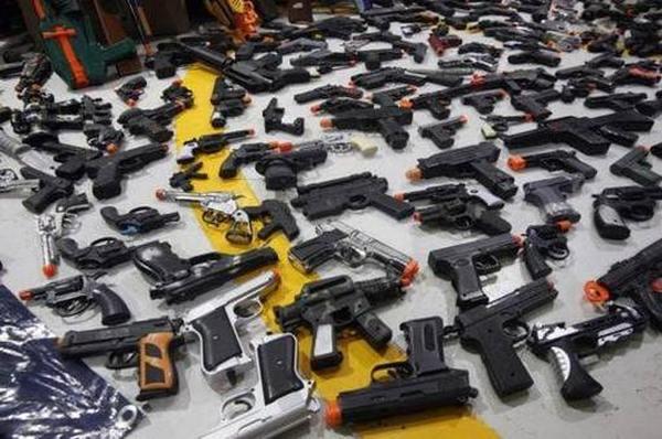 Лучшие игрушечные пистолеты для детей ТОП 2020
