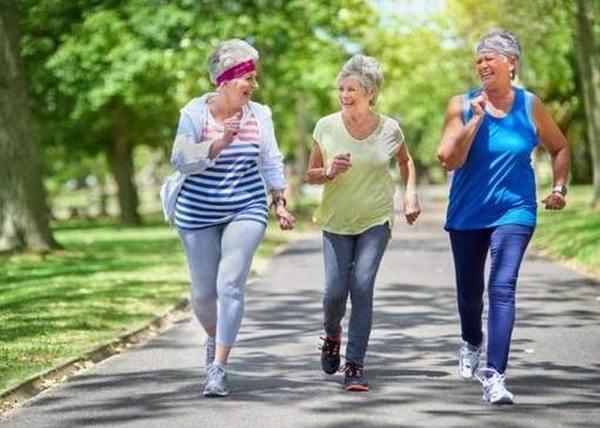 Витамины, необходимые женщинам после 70 лет