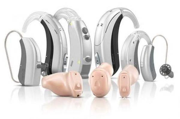 Обзор слуховых аппаратов с характеристиками и описанием.
