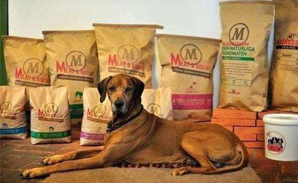 Лучшие корма для собак различных пород