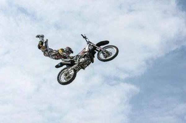 Лучшие мотоциклетные перчатки для хорошей защиты рук ТОП 2020