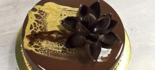Как сделать топпер из шоколада на торт