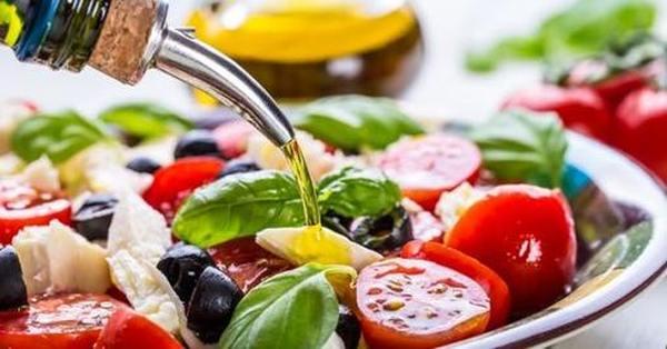 Заправка для салата — лучшие идеи дополнения к холодным закускам