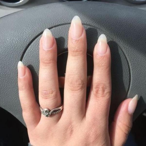 Форма ногтей миндаль на длинных ногтях два