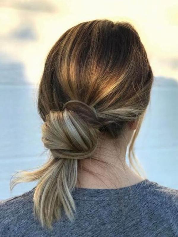Простые ежедневные прически на средние волосы девять