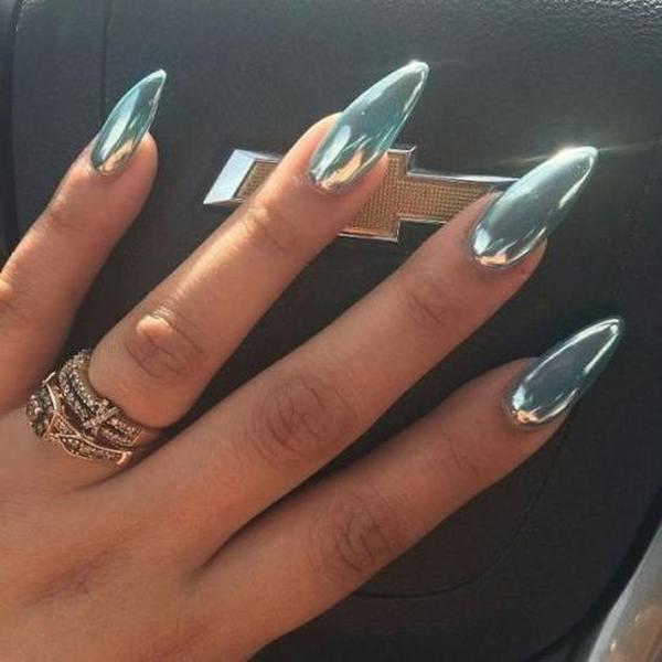 Маникюр на длинные ногти миндалевидной формы семь