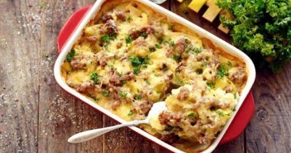 Картошка с фаршем в духовке – рецепт пирога, пирожков, шариков, гнезд, драников, рулета и тефтель