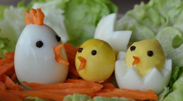 Украшение салатов – 22 идеи, как украсить салат для праздничного стола своими руками