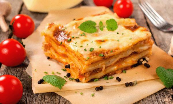 Лазанья с фаршем – 7 рецептов итальянского блюда в духовке и мультиварке
