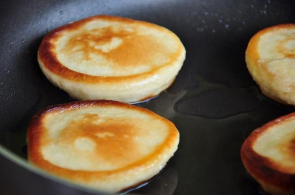 Как сделать оладушки? 16 рецептов